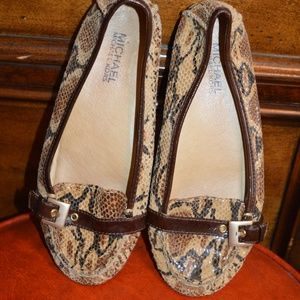 Micheal Kors snake Skin Ballet slippers 6.5